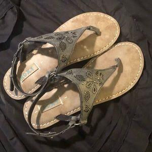 Brand new Roxy sandals